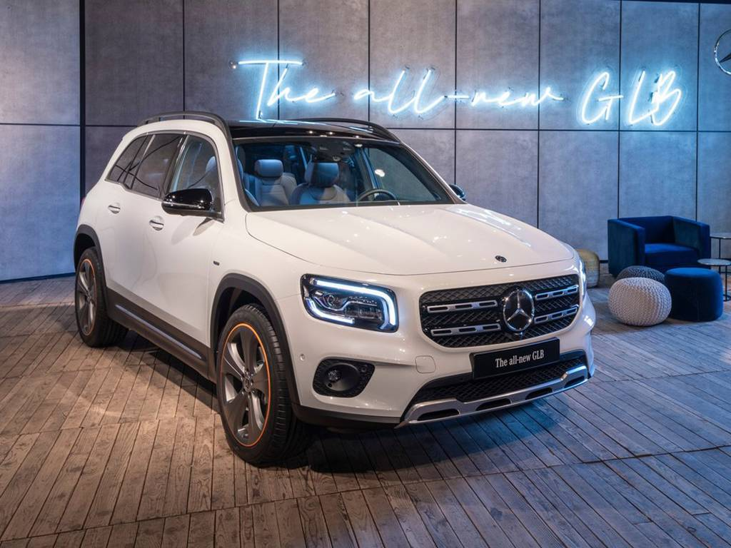 Mercedes-Benz-GLB-2020-1280-3f.jpg
