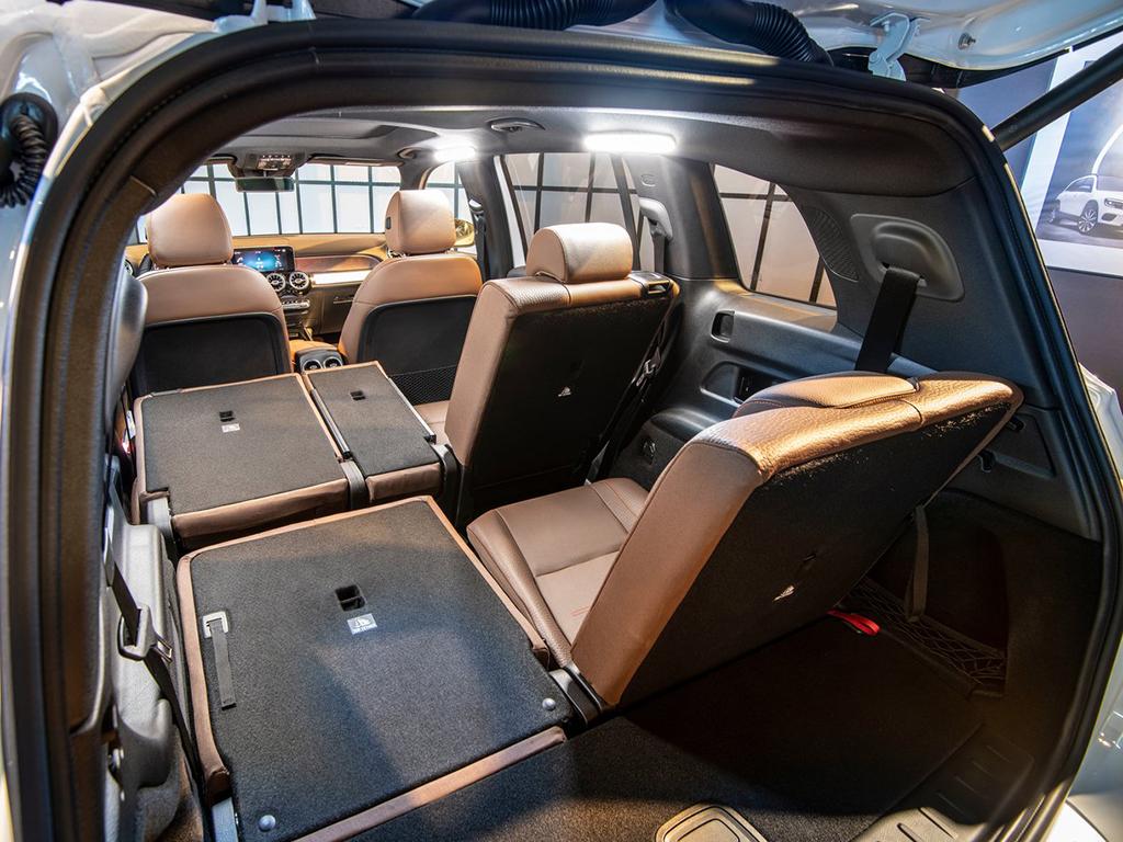 Mercedes-Benz-GLB-2020-1280-5f.jpg