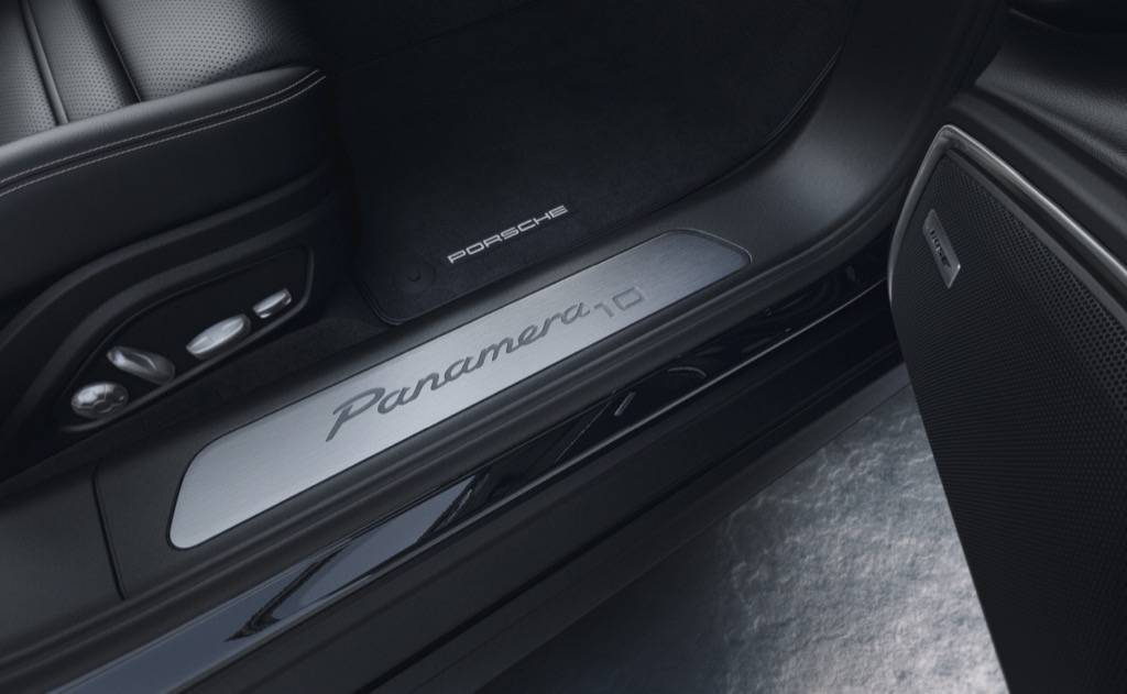 Porsche-Panamera-4-10-Years-Edition-5resiazed.jpg