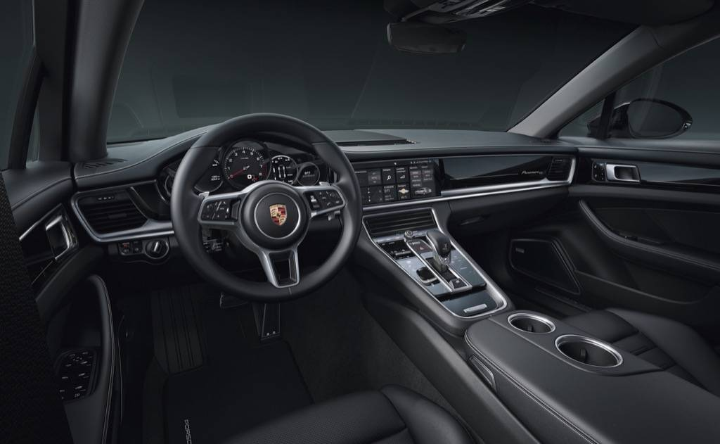 Porsche-Panamera-4-10-Years-Edition-3resiazed.jpg